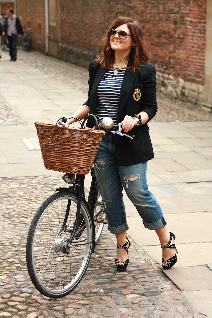 A Girl, A Style_ Bike