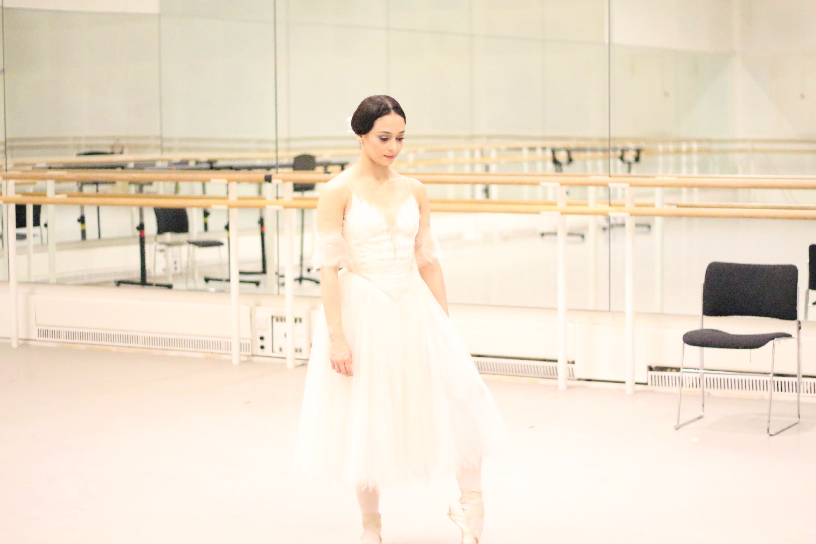 A Girl, A Style _ A Night At The Ballet 7