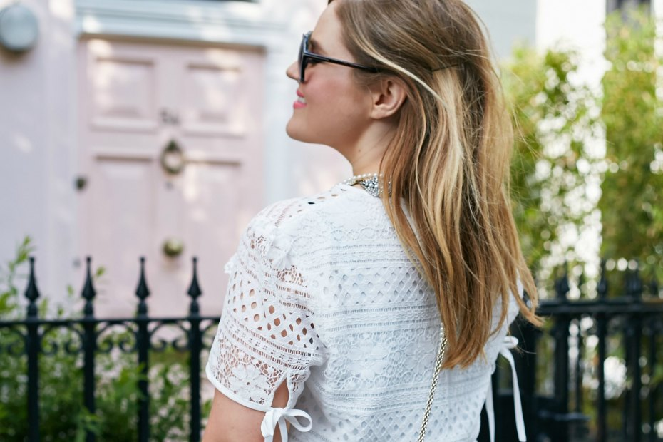 A Girl, A Style _ White Lace Boohoo dress