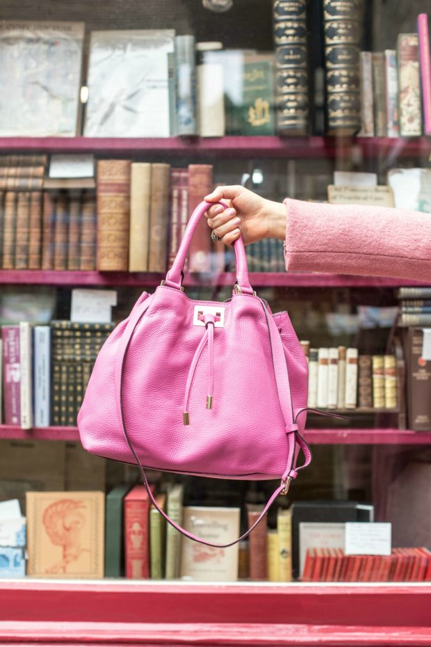 a-girl-a-style-_-boden-pink-drawstring-bag
