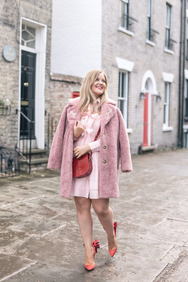 a-girl-a-style-_-topshop-pink-fur-coat