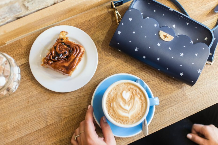 A Girl, A Style _ Cambridge Satchel Co Cloud Bag + Fitzbillies Chelsea Bun