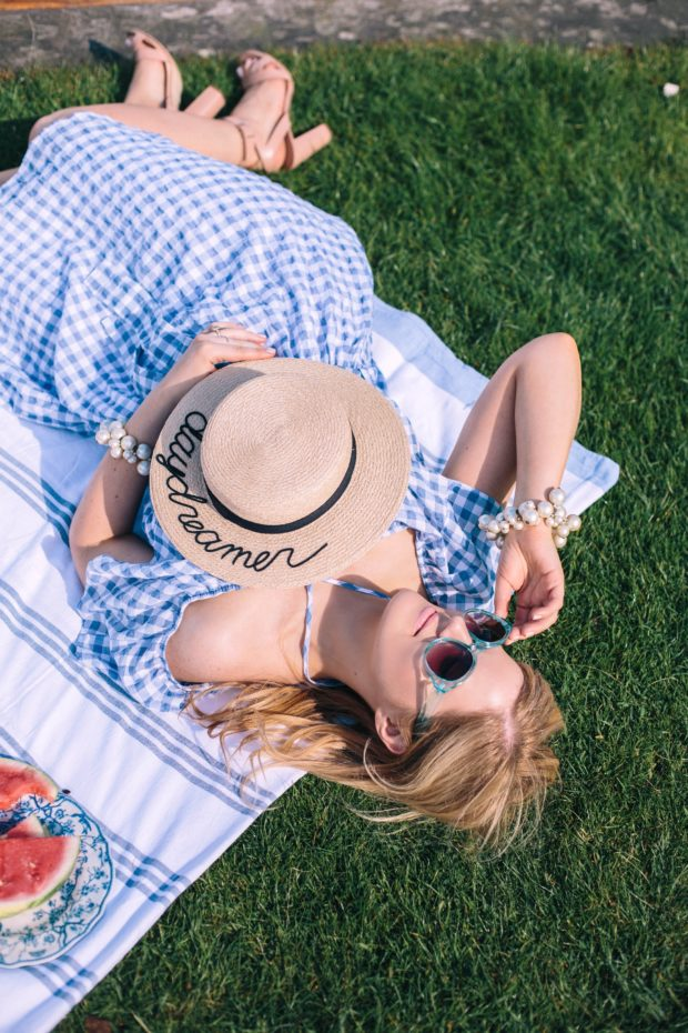 A Girl, A Style _ Picnic at Kings College Cambridge